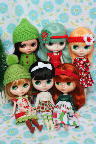 Blythe doll christmas family photo