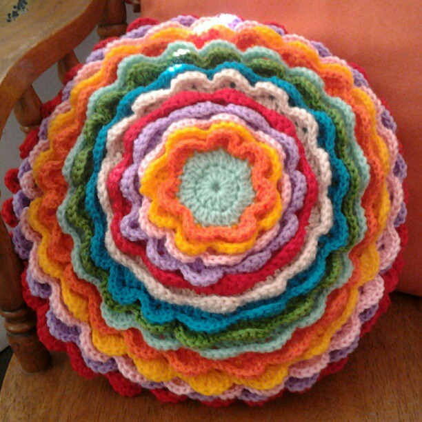 Blooming flower cushion finished emily wind #2